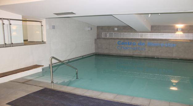 clases de natación a niños