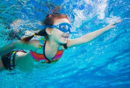 natacion_infantil_la_brujula